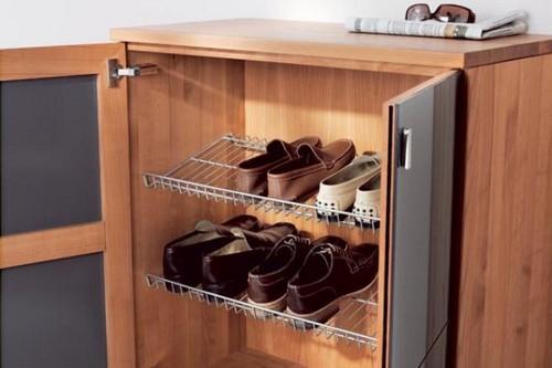 Как самому сделать в прихожей шкаф